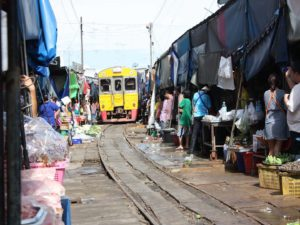 Amphawa train
