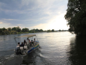Thorntree River cruise